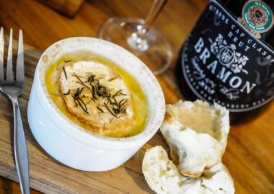 Camembert & sauvignon & MCC